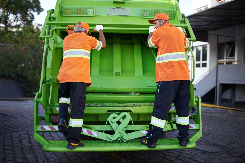 Trash Removal Professionals - Hire a Junk Hauling Company